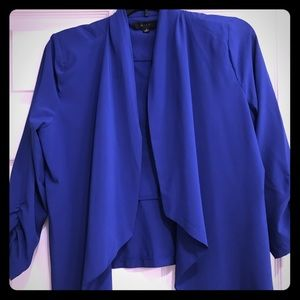 Royal blue quarter sleeve blazer - size medium